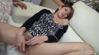XXX-AV 20298 瞳りん 家政婦 家政妇美人被下春药 制服诱惑